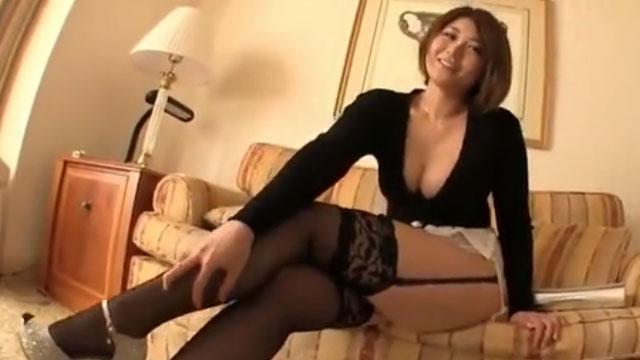 Gカップ爆乳セクシー奥さん、不倫セックス三昧で他人棒に溺れるw 推川ゆうり